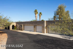 2190 N Ironwood Crest Drive, Tucson, AZ 85745