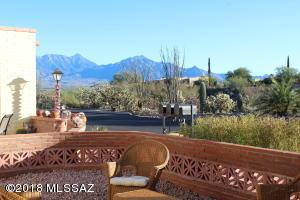 1130 W Calle Alcazar, Green Valley, AZ 85622