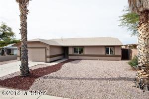 9351 N Denise Ann Place, Tucson, AZ 85742