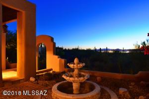 7690 N Calle Sin Miedo, Tucson, AZ 85718