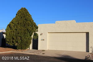 291 E Via Terrenal, Green Valley, AZ 85614