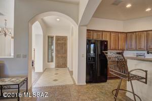 1770 W Acacia Bluffs Drive, Green Valley, AZ 85622