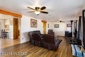 7100 N Nelson Quihuis Road, Marana, AZ 85653