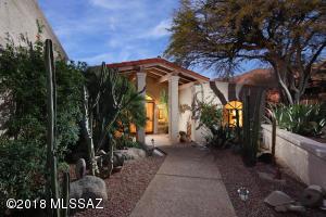 2661 E Calle Sin Pecado, Tucson, AZ 85718