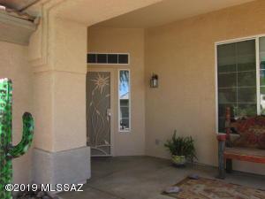 13534 N Holly Grape Drive, Marana, AZ 85658