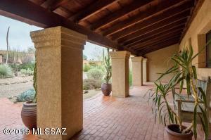 8130 E Ridgebrook Drive, Tucson, AZ 85750
