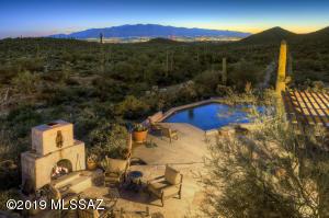 6025 W Sweetwater Drive, Tucson, AZ 85745