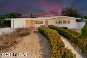 5958 E 33Rd Street, Tucson, AZ 85711