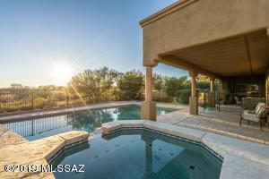 10685 N Summer Moon Place, Oro Valley, AZ 85737