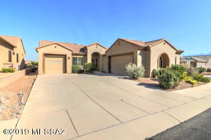 2198 W Escondido Canyon Drive, Green Valley, AZ 85622