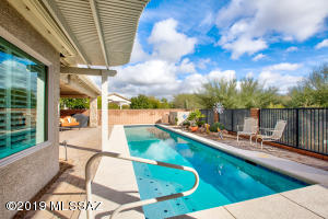 Lap Pool with LOTS of privacy!