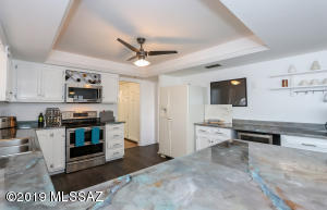 1190 W Placita De La Cotonia, Green Valley, AZ 85622
