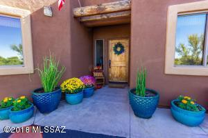 10408 N Pecan Place, Oro Valley, AZ 85737