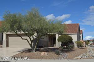 951 E Sedona Place, Oro Valley, AZ 85755