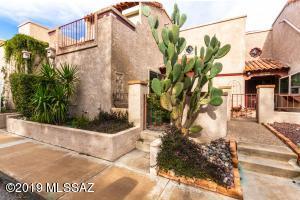 2296 W Paseo Cielo, Tucson, AZ 85742