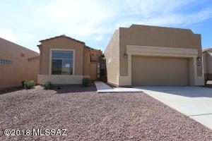 679 W Shadow Wood Street, Green Valley, AZ 85614