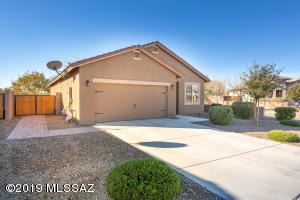 11415 W Spear Shaft Drive, Marana, AZ 85658