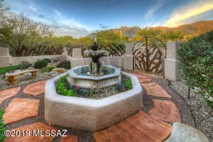 Beautiful entry courtyard with stunning views of the Santa Catalina Mountains