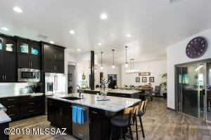 12765 N Zircon Lane, Oro Valley, AZ 85755