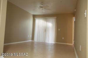 5751 N Kolb Road, 21108, Tucson, AZ 85750