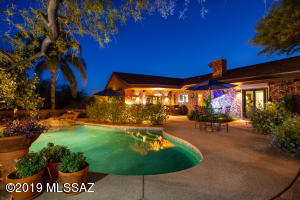 One of the most amazing rear yards you will see in Tucson