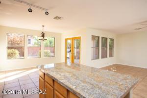 10196 Nine Iron Drive, Oro Valley, AZ 85737