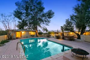 4110 N Camino Del Celador, Tucson, AZ 85718