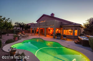 Great yard for entertaining