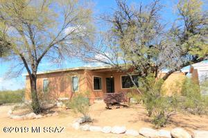 9411 W Sky Blue Drive, Tucson, AZ 85735