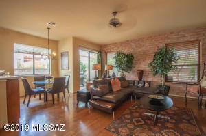 Wonderful family room with great natural light and beautiful finishes