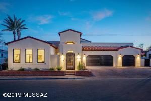 2240 E Ambassador Court, Tucson, AZ 85719