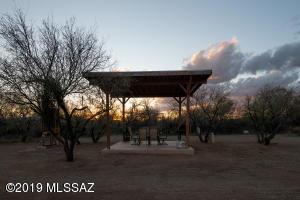 11212 S Nogales Highway, Tucson, AZ 85756