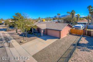 6280 N Saffron Road, Tucson, AZ 85741