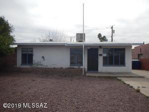 3656 E Sylvane Street, Tucson, AZ 85713
