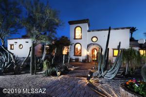 2700 E Camino a Los Vientos, Tucson, AZ 85718