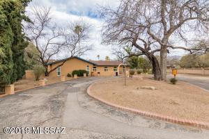 11861 Injun Place, Tucson, AZ 85749
