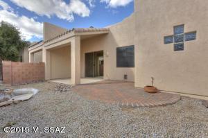 437 W Deerwood Lane, Green Valley, AZ 85614