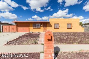 4719 S Camino Paso Doble, Tucson, AZ 85714