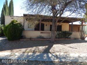 32 E La Espina, Green Valley, AZ 85614