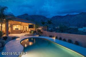 6597 N Calle De La Lluvia, Tucson, AZ 85750