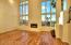 GREAT ROOM W/20' CEILINGS