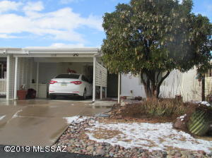 1338 S Desert Meadows Circle, Green Valley, AZ 85614