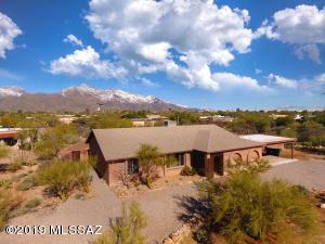 6502 N Calle De Estevan, Tucson, AZ 85718