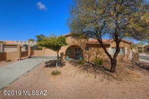 502 W Flaxen Drive, Oro Valley, AZ 85755