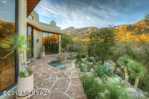 6140 E Finisterra, Tucson, AZ 85750