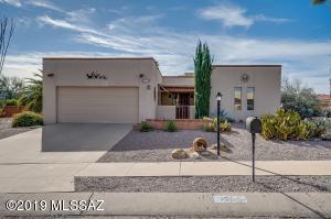 251 W Calle Nogal, Green Valley, AZ 85614
