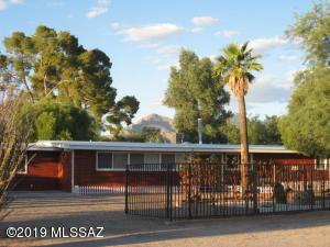 1458 W Roller Coaster Road, Tucson, AZ 85704
