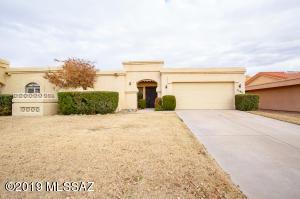 2596 W Crown King Drive, Tucson, AZ 85741