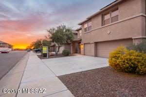 21218 E Patriot Lane, Red Rock, AZ 85145