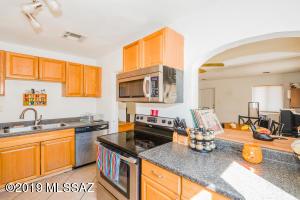 1700 E Grant Road, Tucson, AZ 85719